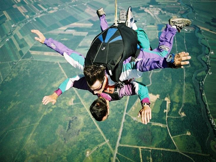 parachute-jump-1-1498380-1279x856